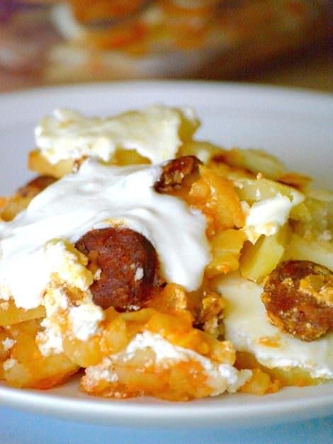 Hungarian layered potatoes, Rakott krumpli