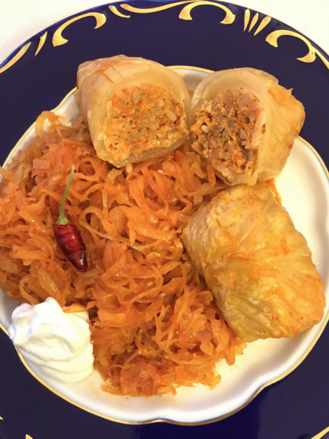 Hungarian stuffed cabbage roll recipe