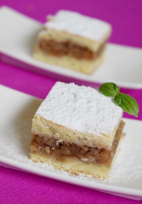 Hungarian apple cake recipe, Almás pite