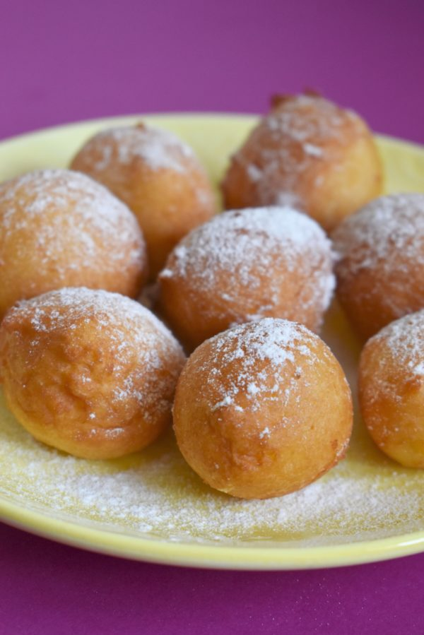 Hungarian cottage cheese donuts, turofank recipe