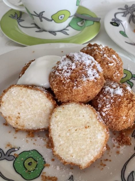 Hungarian cottage cheese dumplings recipe